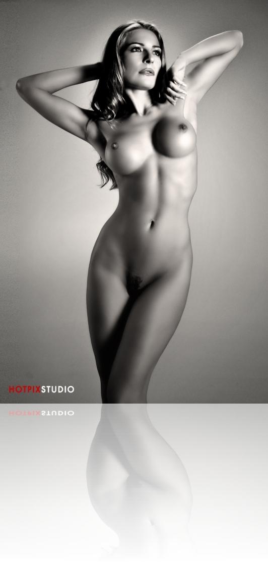 Artistic-Nude-Photography- HotPix-Miami-Escort-Photo-Studio35.jpg