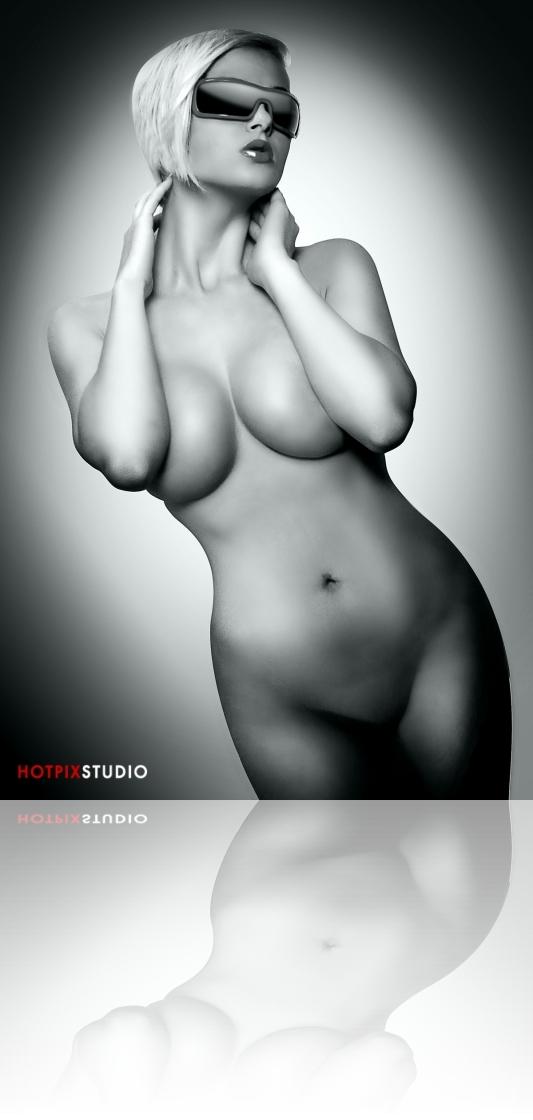 Artistic-Nude-Photography- HotPix-Miami-Escort-Photo-Studio36.jpg