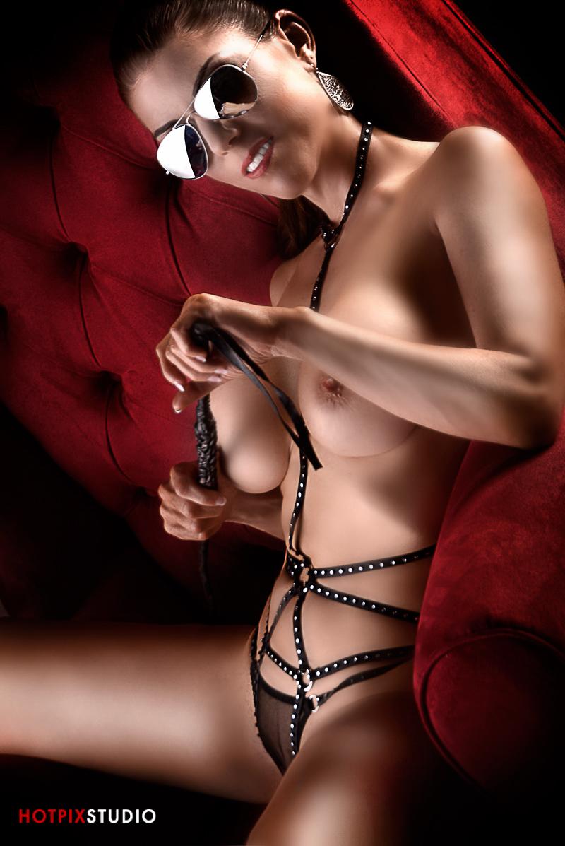 Hot latina porn pic